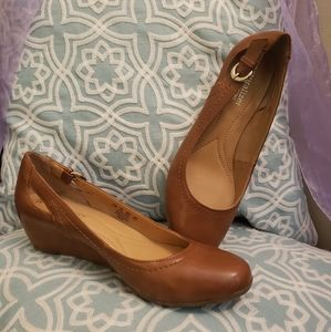 Brown faux leather wedges. Never worn!